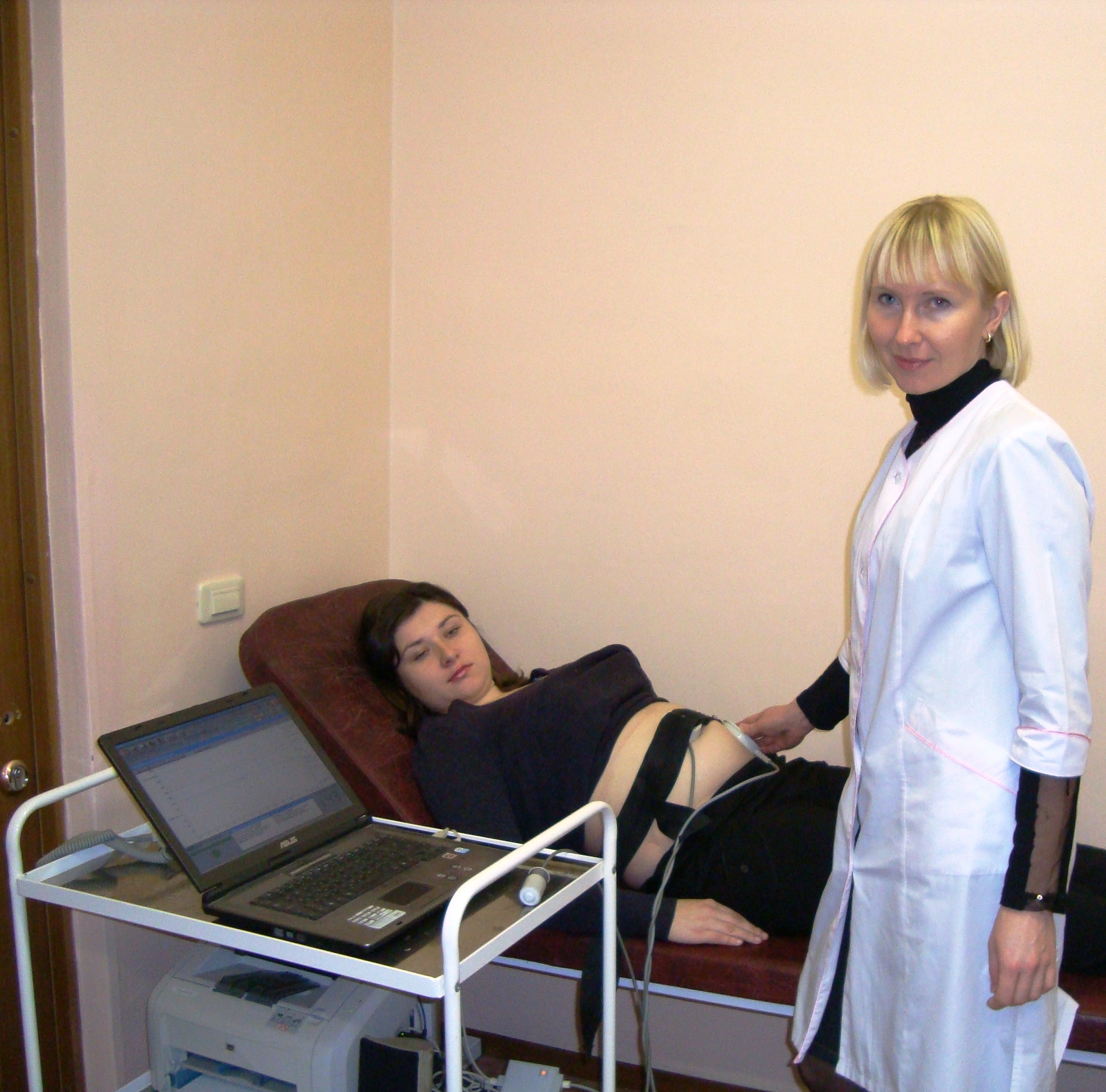 Смотреть эротич ролики про посещение гинеколога 7 фотография